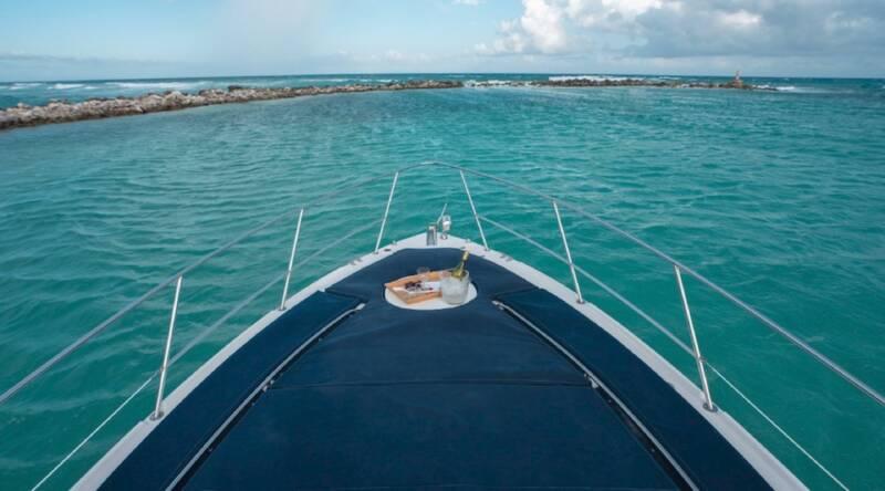 boatrental_playadelcarmen_yacht37ft_2