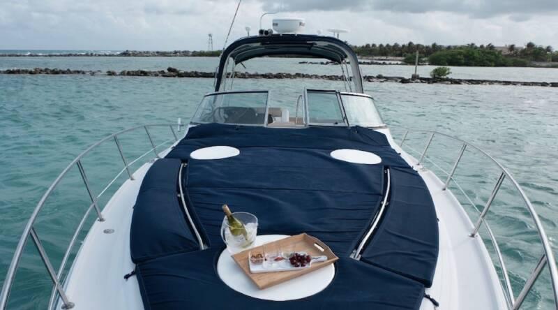 boatrental_playadelcarmen_yacht37ft_3