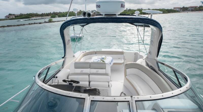 boatrental_playadelcarmen_yacht37ft_4