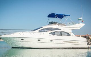 boatrental_playadelcarmen_yacht4ft_2