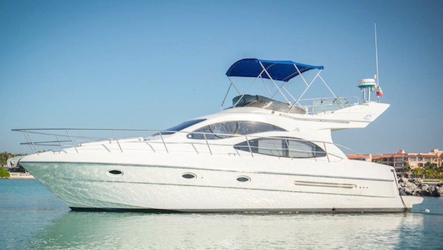 boatrental_playadelcarmen_yacht4ft_2 copy