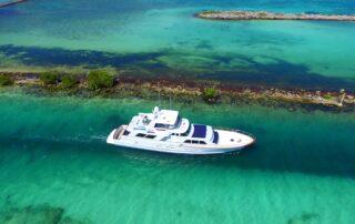 boatrental_playadelcarmen_80ftboat_2.jpg