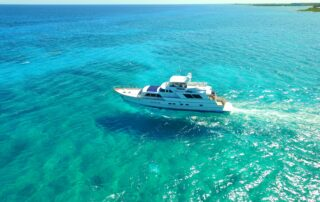 boatrental_playadelcarmen_80ftboat_3.jpg